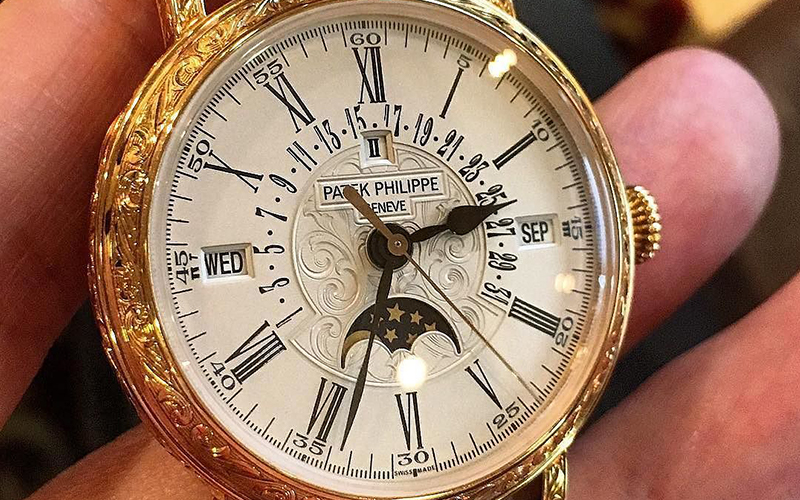 Patek Philippe Perpetual Calendar 5160R Automatic Rose gold Crocodile skin Men's watch/Unisex 324 S QR Caliber Sapphire Glass White dial Moonphase Date Month Year 4 Year Calendar Perpetual Calendar
