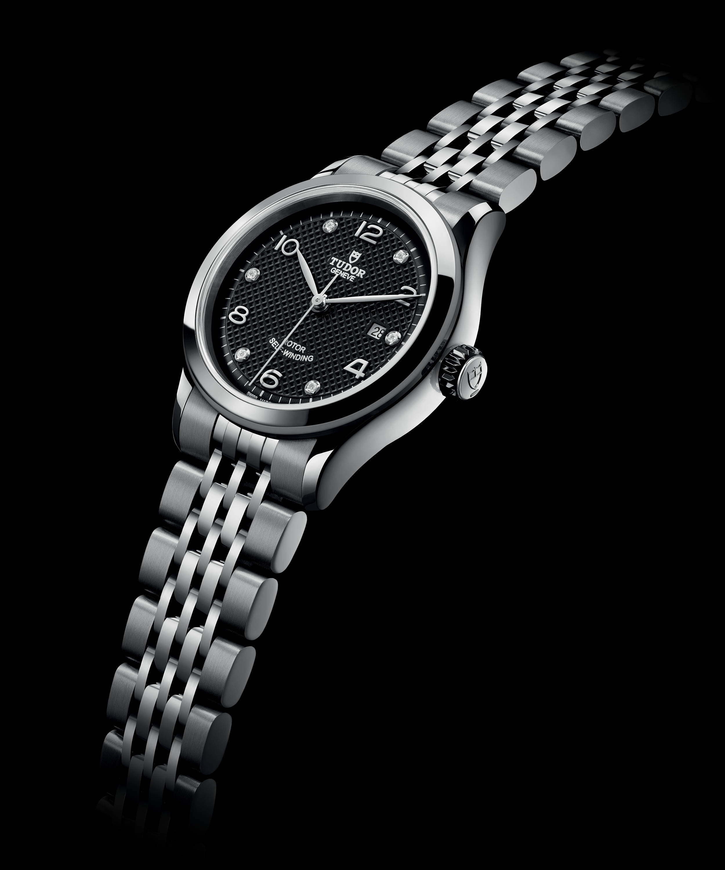 c82c01622a3 Reference. 91350-004, 28 mm steel case, smooth bezel, black dial with  silver index set with 6 diamonds, steel bracelet, steel clasp. AUD$2,650