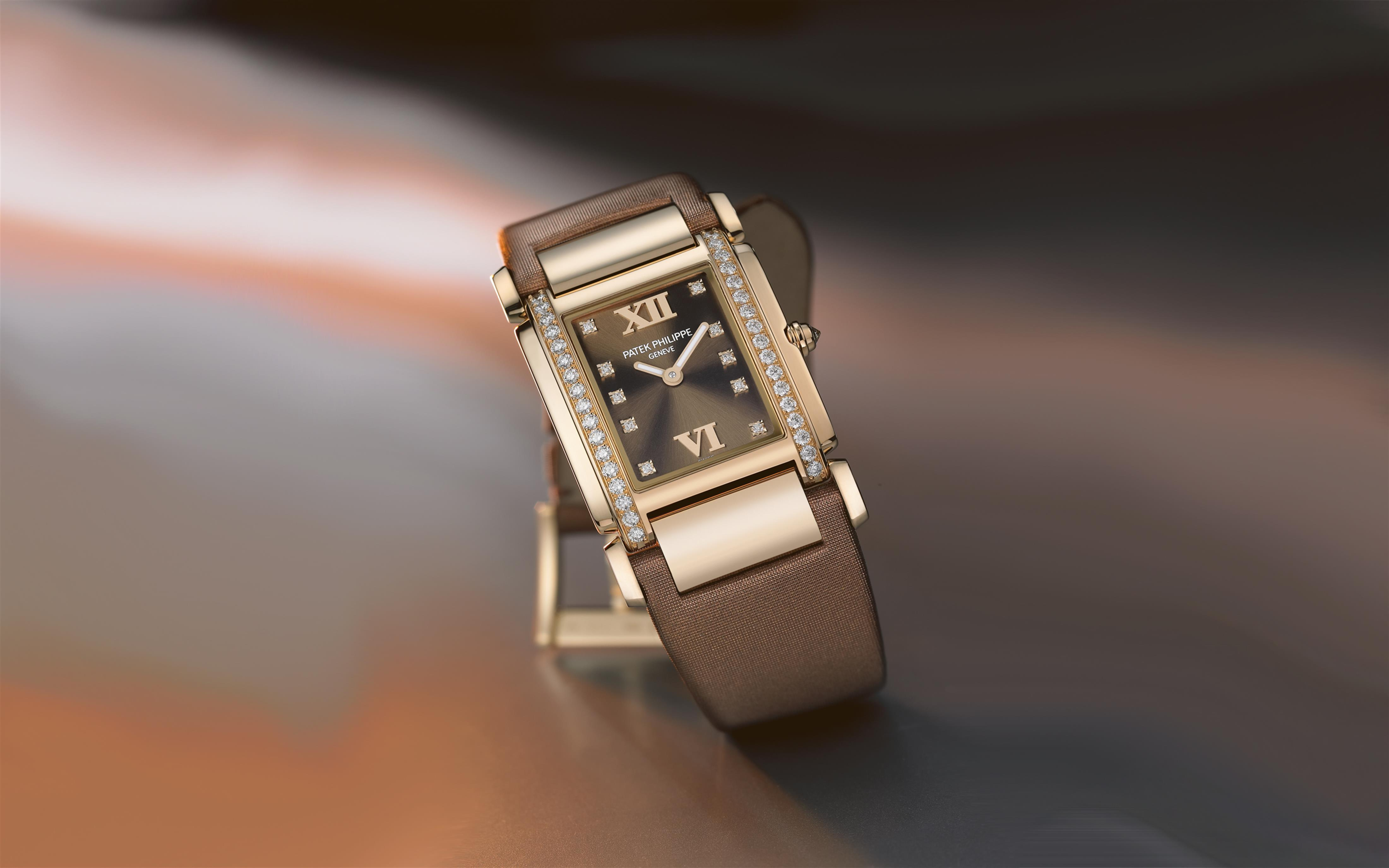 """e3e53d16c9b Rose Gold Reference.4920R-001 with its """"Chocolate Dream"""" named dial colour  and """"chocolate brown"""" satin strap."""